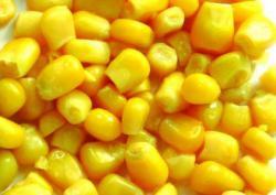 Стерилизованные кукурузные зерна с горошком