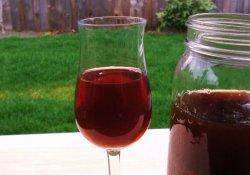 Приготовление вина из черной смородины